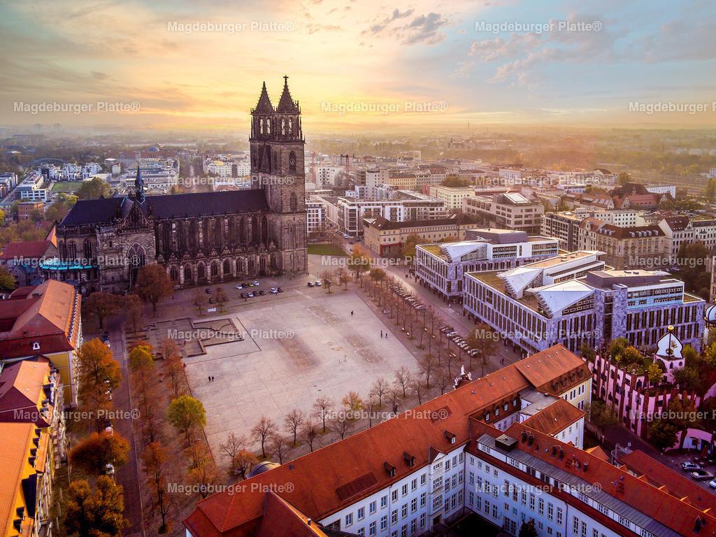 Magdeburg Dom Sonnenuntergang-0039 | Luftbilder aus der Vogelperspektive von MAGDEBURG ... mit Drohne oder von oben fotografiert für die Bilddatenbank der Luftbildfotografie von Sachsen - Anhalt.