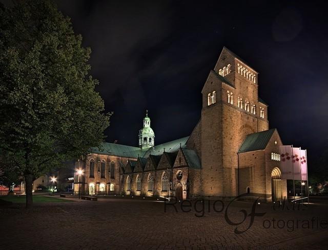 Mariendom | Mariendom zu Hildesheim bei Nacht