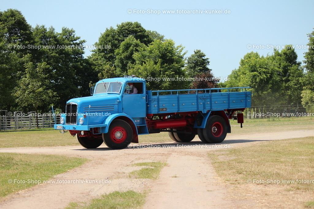 IFA H 6 Pritschenwagen 4x2, 1955   IFA H 6 Pritschenwagen 4x2, Hauben-Lastkarftwagen, Schwerlastwagen, Baujahr 1955, Motor: Horch EM 6-20 (EMaW 6-20), 6-Zylinder-Reihen-Dieselmotor, wassergekühlt, Leistung: 120 PS, Hersteller: VEB IFA-Kraftfahrzeugwerk »Ernst Grube« Werdau, DDR