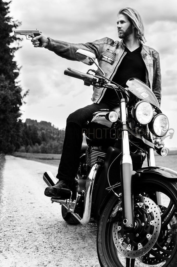 Rider 3 | Motorrad Fotoshooting mit Model Dani
