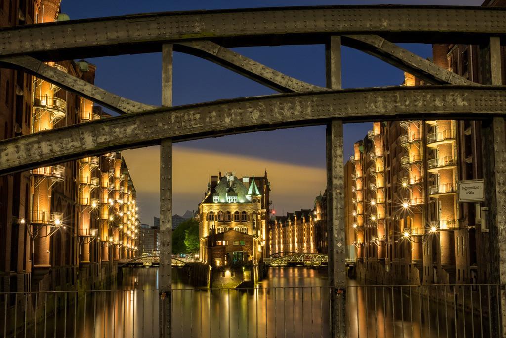 Wassserschlösschen   Die wahrscheinlich berühmteste Ansicht in der Hamburger Speicherstadt