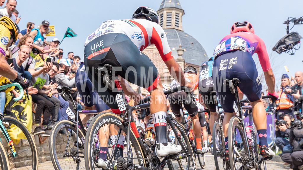 Muur van Geraardsbergen, Belgium - April 7, 2019: Ronde van Vlaanderen UCI Elite Road Cycling Event, Men Elite   Muur van Geraardsbergen, Belgium - April 7, 2019: Ronde van Vlaanderen UCI Elite Road Cycling Event, Men Elite, Photo: videomundum