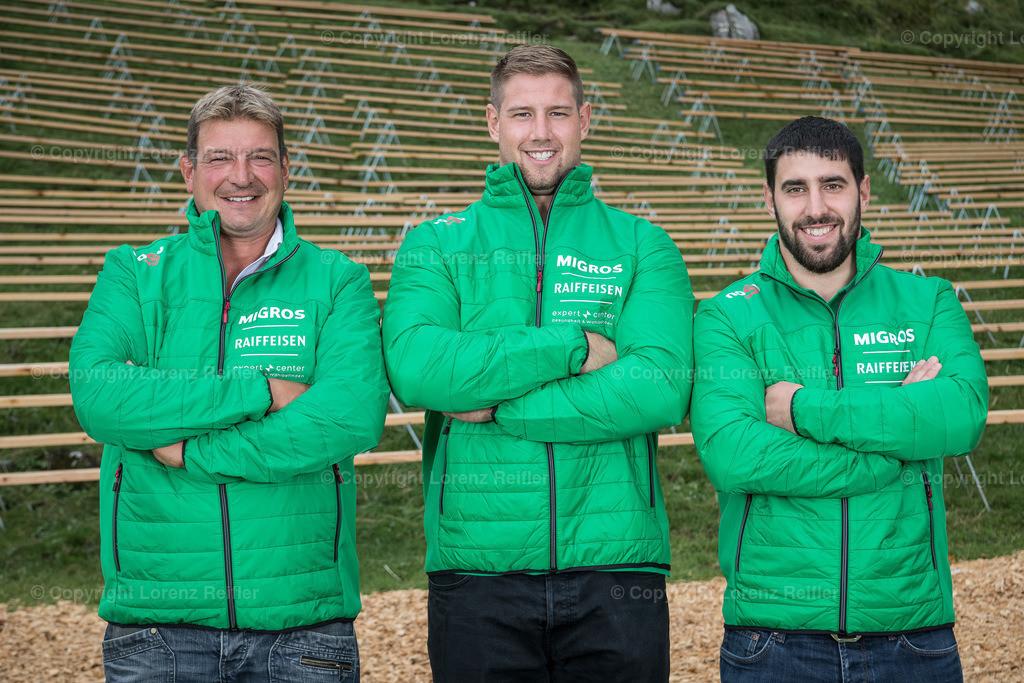 Schwingen -  NOSV Zusammenzug 2019 | Schwägalp, 7.8.19, Schwingen - NOSV Zusammenzug. Team Glarus mit Technischem Leiter (Lorenz Reifler)