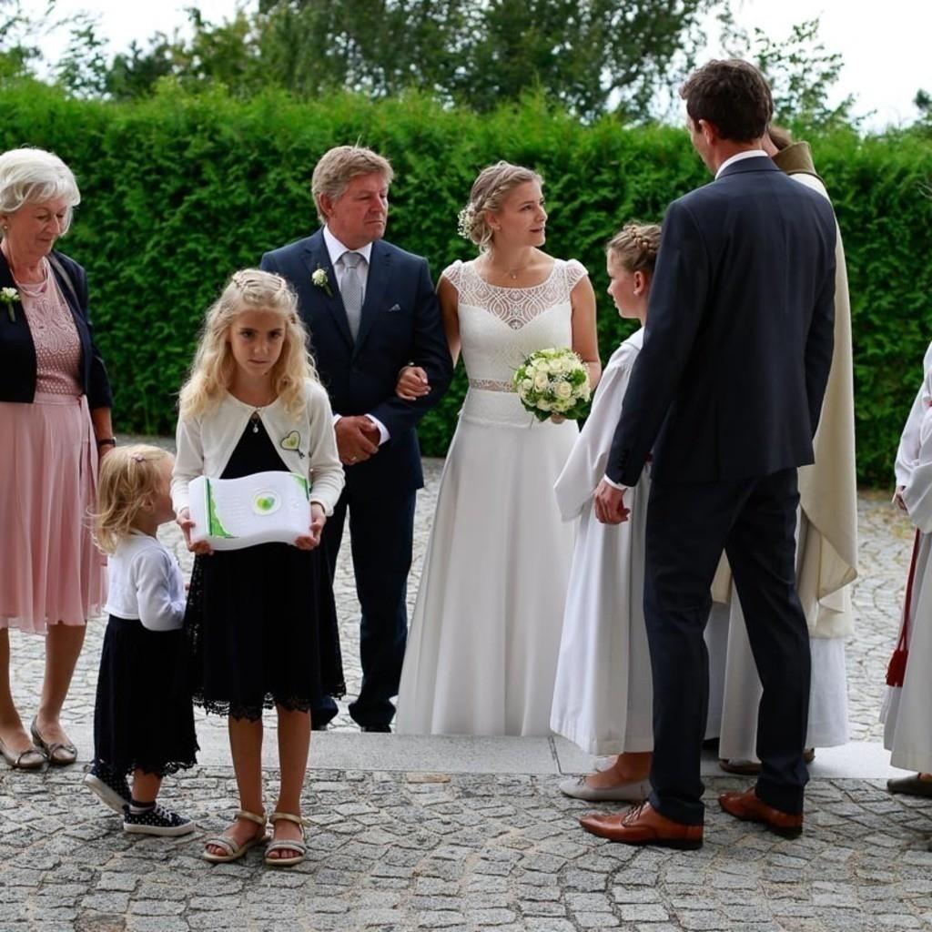 Carina_Florian zu Hause_Kirche WeSt-photographs01992