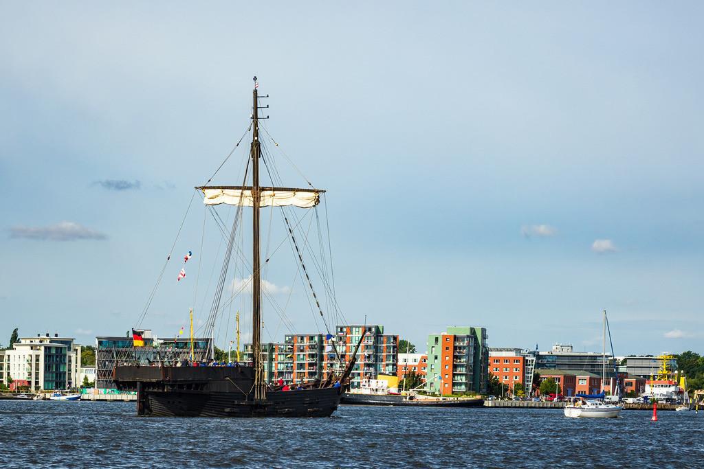 rk_05569 | Segelschiffe auf der Hanse Sail in Rostock.