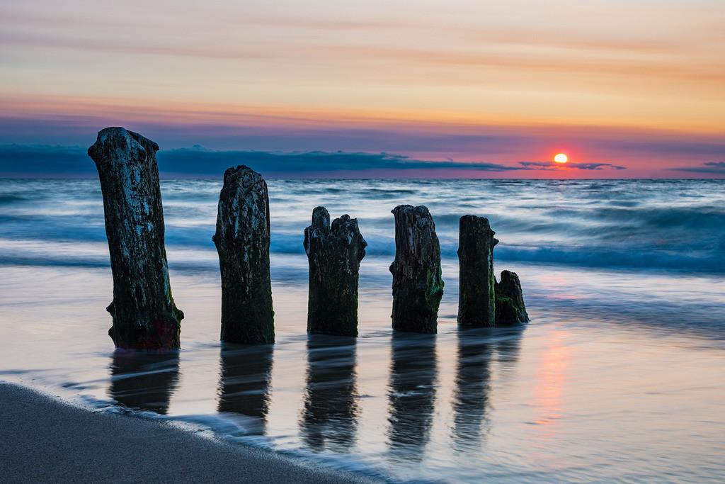 Buhnen an der Küste der Ostsee bei Kühlungsborn | Buhnen an der Küste der Ostsee bei Kühlungsborn.