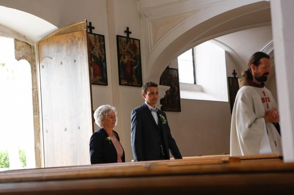 Carina_Florian zu Hause_Kirche WeSt-photographs01150