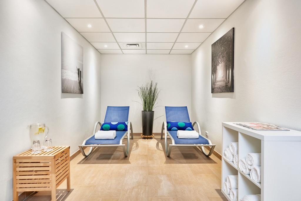 saunabereich-05-hplus-hotel-hofheim