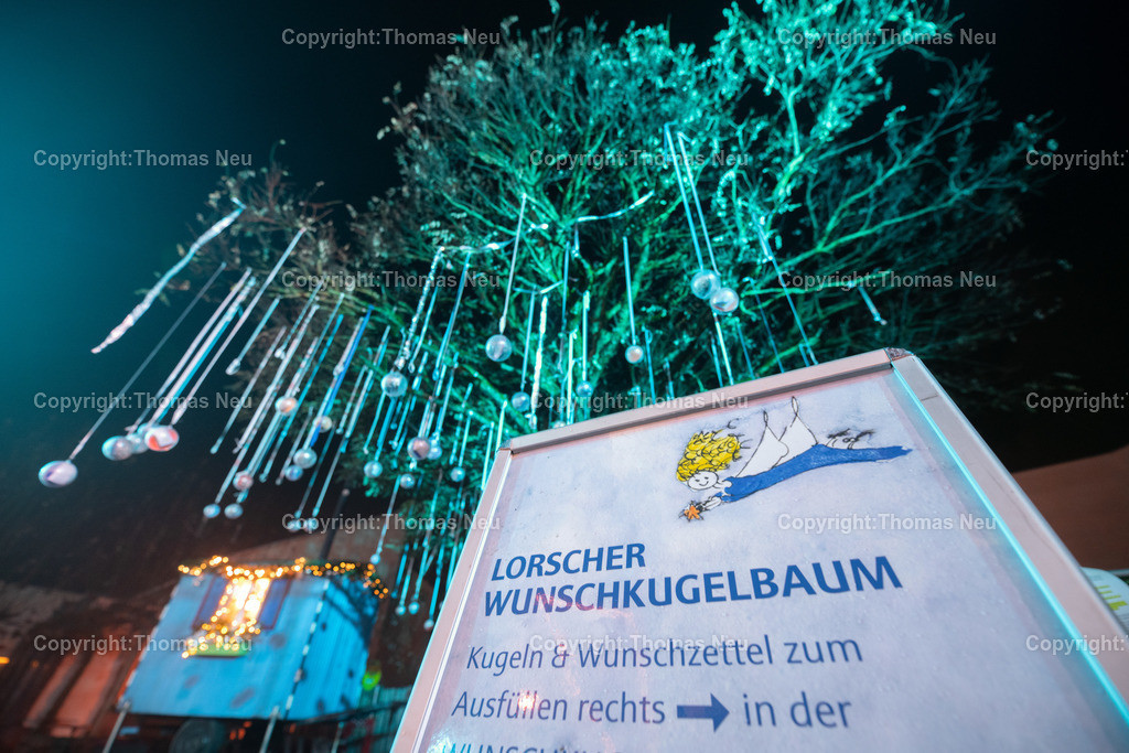 DSC_3987   ble,Lorsch, blaues Weihnachtswunder, Innenstadt, ,, Bild: Thomas Neu