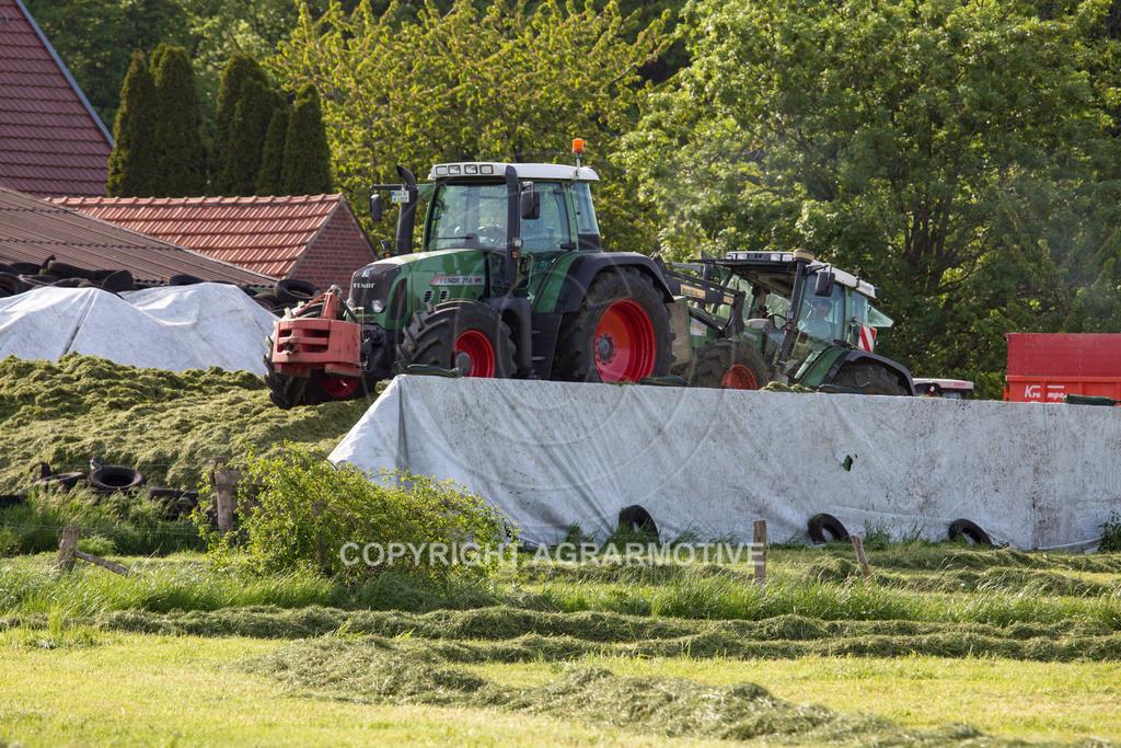 20150511-IMG_1475 | Gras silieren - AGRARMOTIVE Bilder aus der Landwirtschaft