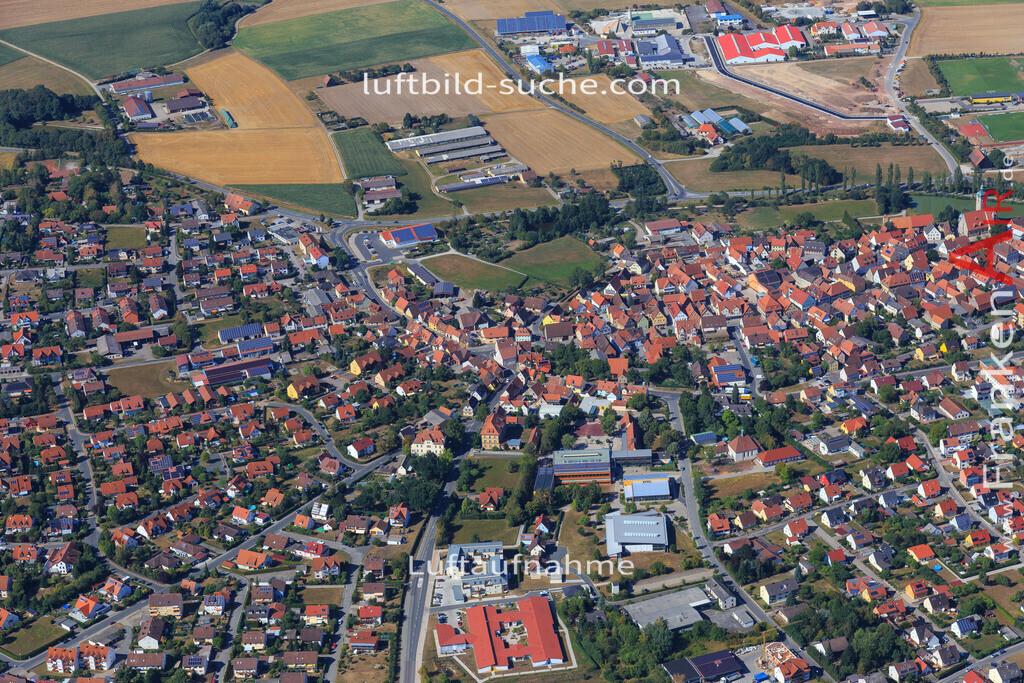 markt-erlbach-2015-2240 | Luftbild von  Markt-erlbach - Luftaufnahme wurde 2015 von https://frankenair.de mittels Flugzeug (keine Drohne) erstellt - die Geschenkidee