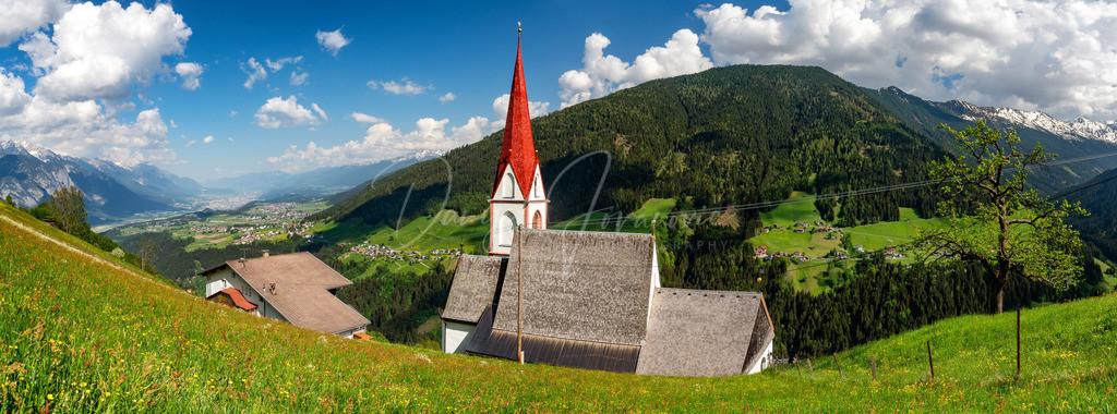 Sankt Quirin | Blick auf Sankt Quirin, Innsbruck und das Sellraintal