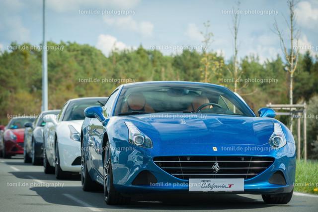 Ferrari_Ladys_Day_20150426_Nbay-0639