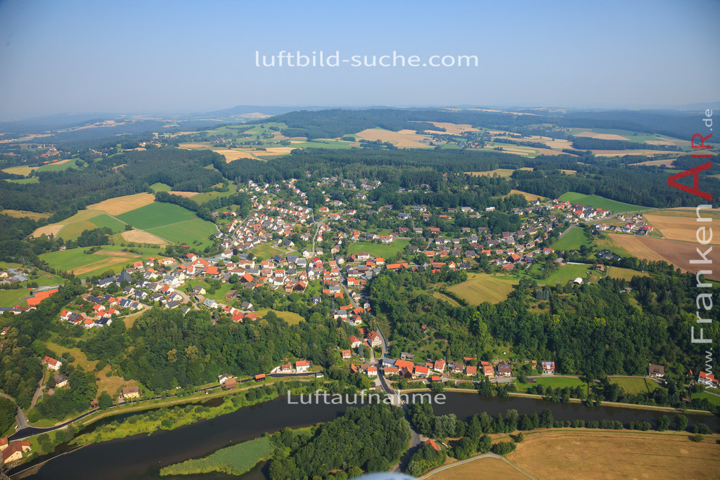 burghaig-kulmbach-2012-520 | Luftbild von Burghaig Kulmbach - Luftaufnahme wurde 2012 von https://frankenair.de mittels Flugzeug (keine Drohne) erstellt - die Geschenkidee