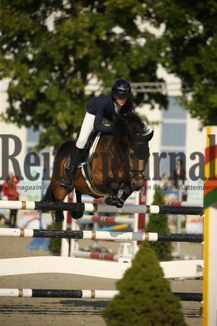 Rot am See_2021_Ponyspringprüfung_Kl.M_Cecilia Huttrop-Hage_Caramello 33 (3)