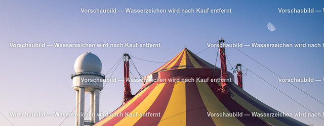 Tempelhofer Feld by Kurt Gruhlke-