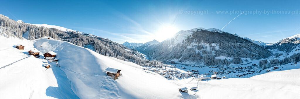 Tux Winter Vorderlanersbach Panorama