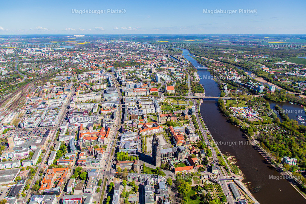 Luftbild Magdeburg Mitte Dom Hundertwasser Rtg Norden IMG_2178