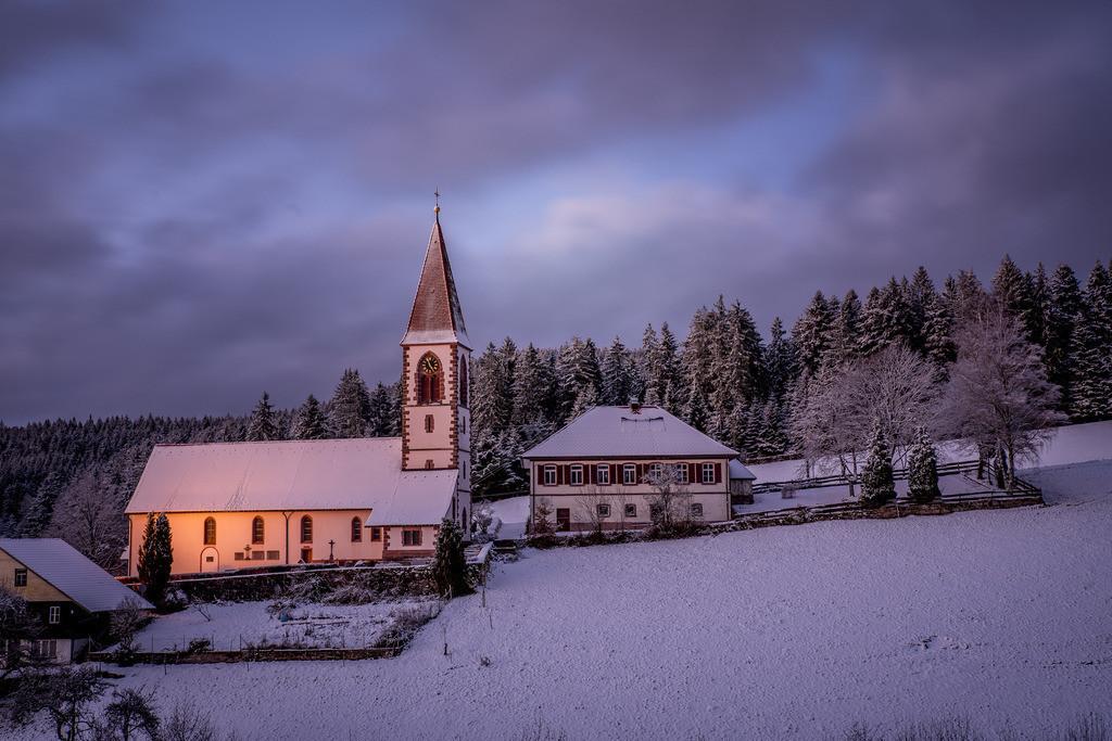 Winterabend in St.Roman | Winterabend in St. Roman, einem kleinen Schwarzwalddorf.