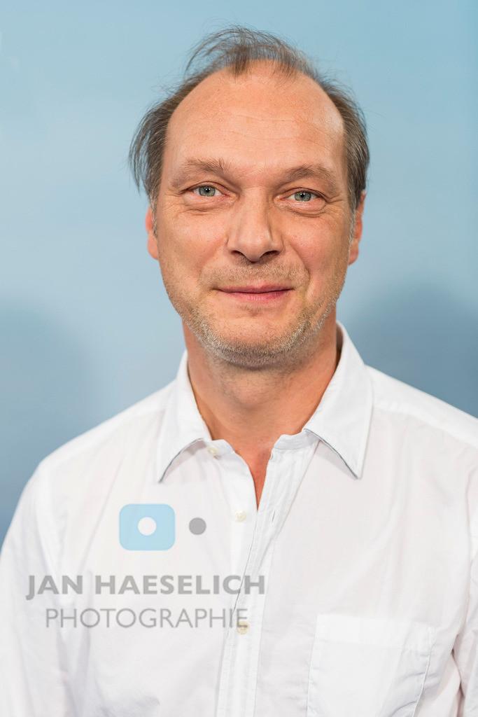 """Martin Brambach   Martin Brambach beim Fototermin in Hamburg am 5.11.2015: """"Die Stadt und die Macht"""