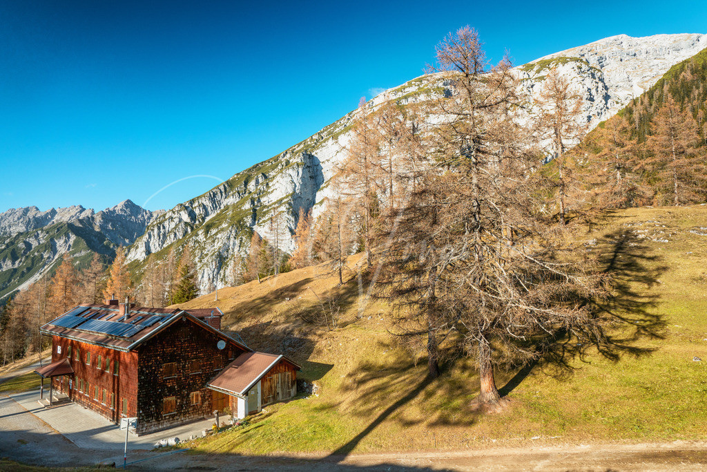 Neue Magdeburger Hütte | Herbst bei der Neuen Magdeburger Hütte im Karwendel