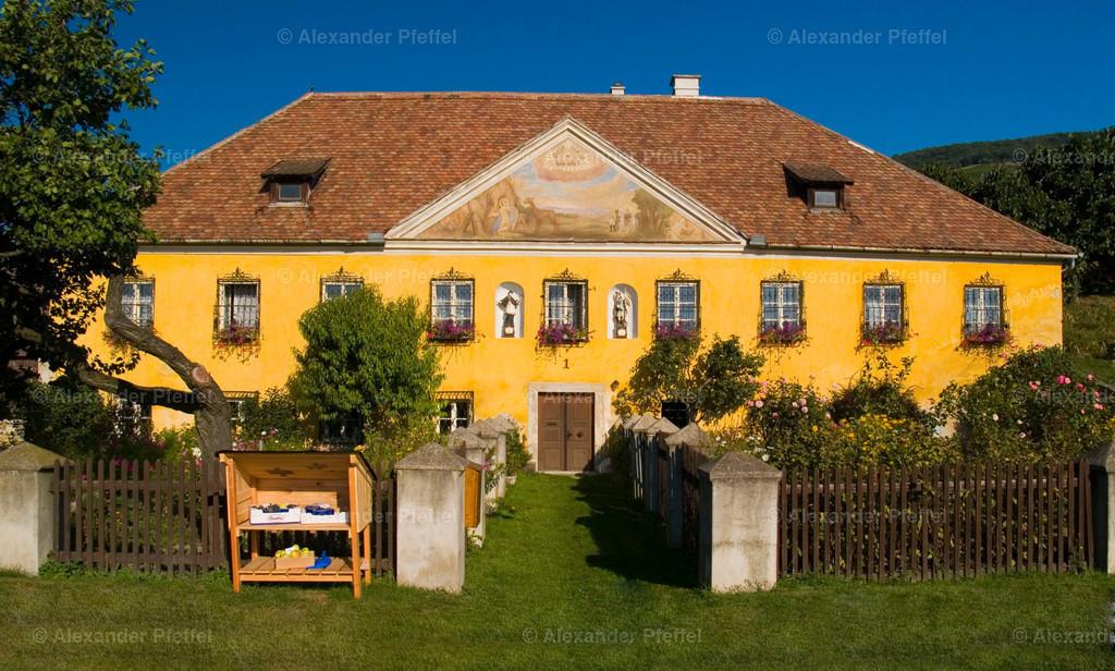 winzerhaus_c_photography_pfeffel_at_ (2)   Gartenhotel & Weingut Pfeffel Dürnstein