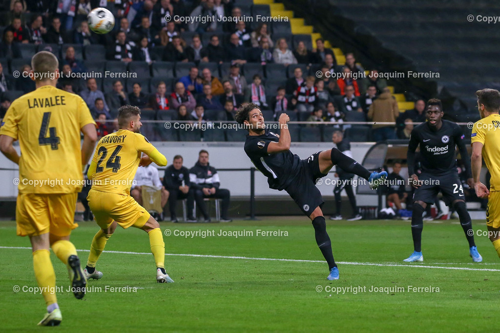 191024_sgevslie_5011 | 24.10.2019 Gruppenspiel Gruppe F UEFA Europa League Saison 2019/20 Eintracht Frankfurt - Standard Liege  emspor, emonline, despor, v.l.,   Foto: Joaquim Ferreira (DFL/DFB REGULATIONS PROHIBIT ANY USE OF PHOTOGRAPHS as IMAGE SEQUENCES and/or QUASI-VIDEO)