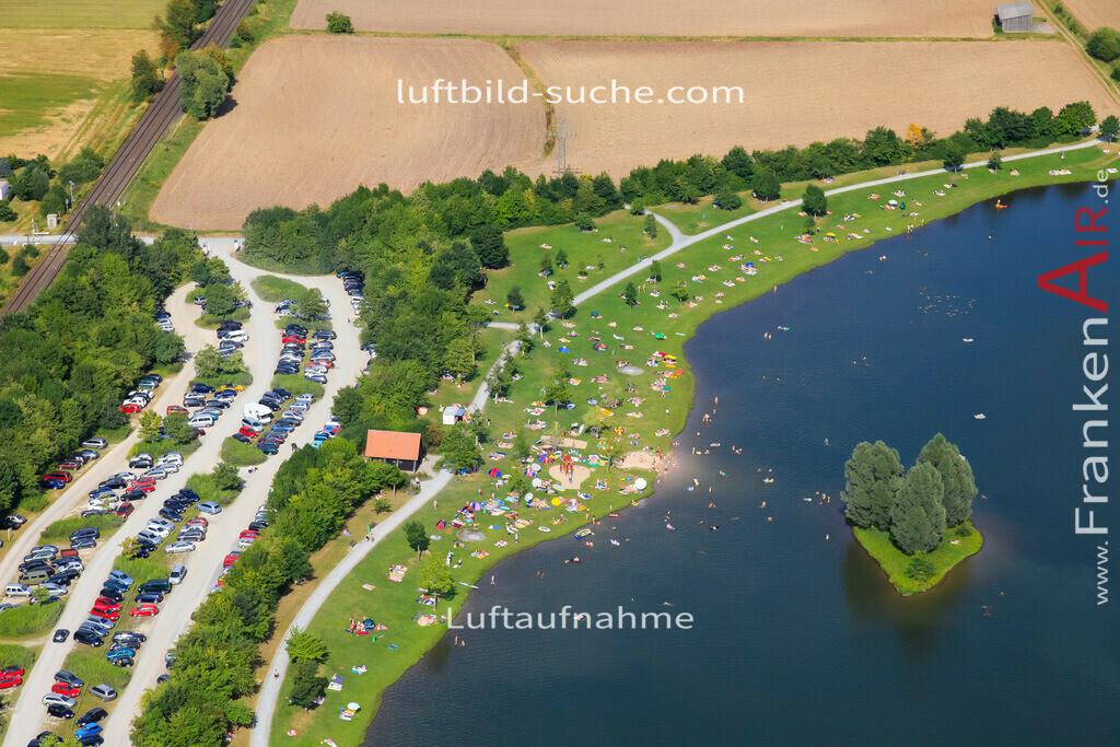 luftaufnahme-kulmbach-2009-1478   Luftbild von  Kulmbach - Luftaufnahme wurde 2009 von https://frankenair.de mittels Flugzeug (keine Drohne) erstellt - die Geschenkidee