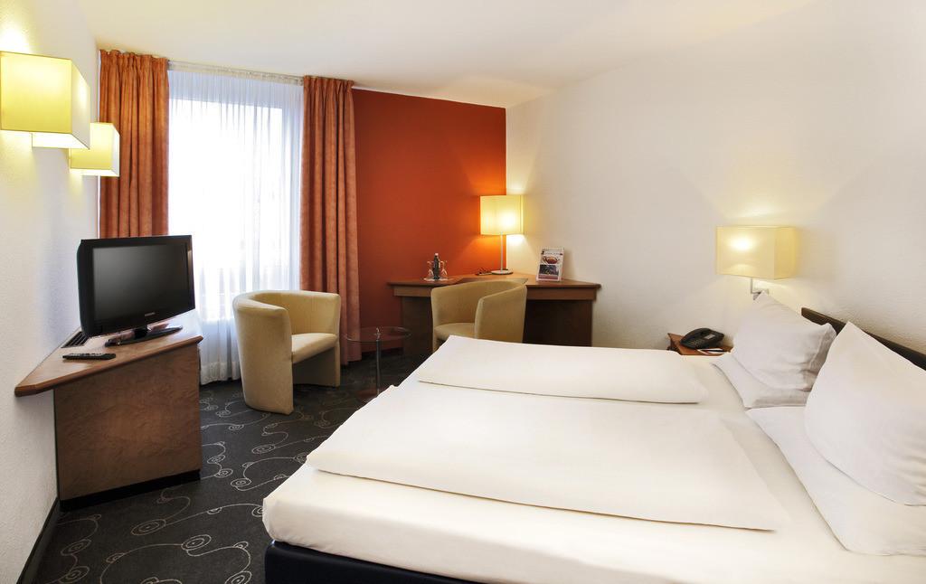 zimmer-business-doppel-01-hplus-hotel-siegen