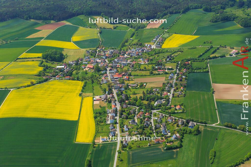 stoeppach-untersiemau-2015-40 | Luftbild von Stoeppach Untersiemau - Luftaufnahme wurde 2015 von https://frankenair.de mittels Flugzeug (keine Drohne) erstellt - die Geschenkidee