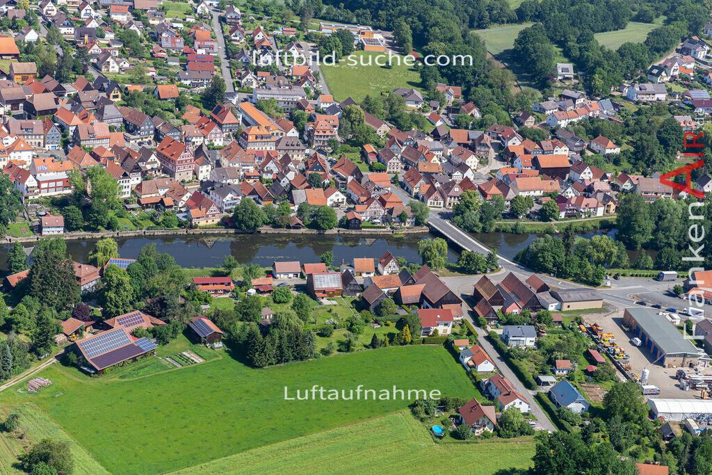 marktzeuln-2020-236   Aktuelles Luftbild von  Marktzeuln - Die Luftaufnahme wurde 2020 mittels UL-Flugzeug erstellt ( keine Drohne ) - hochauflösende Kamera-Systeme von  Canon - Beste Qualität - Für grossformatige Ausdrucke geeignet. Die Geschenkidee !