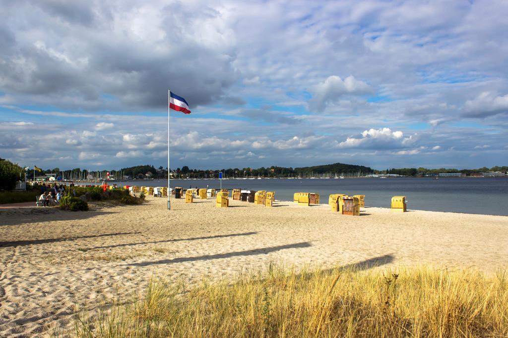 Strandkörbe an der Ostsee | Strandkörbe am Strand in Eckernförde