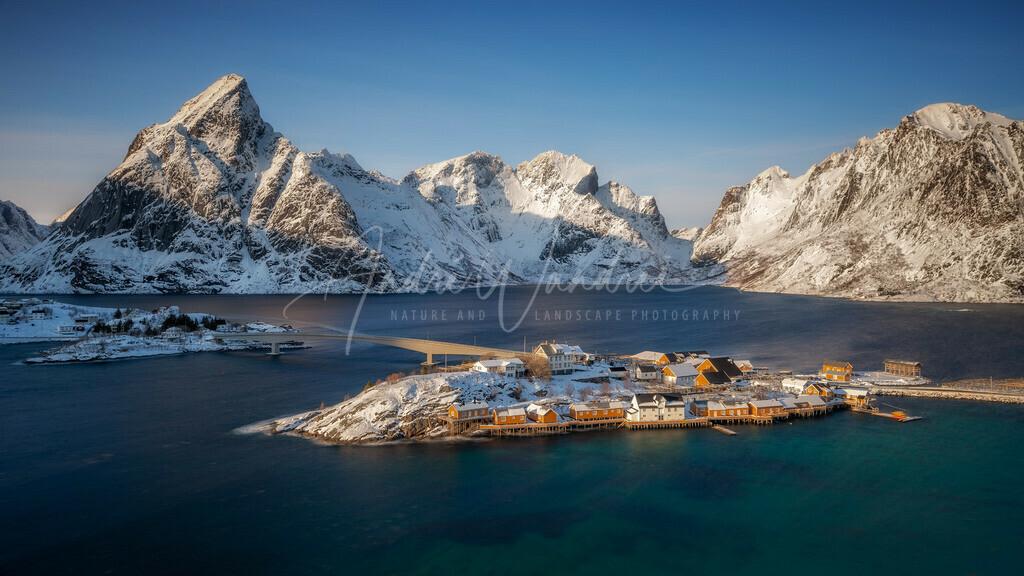 Das Fischerdorf im Meer