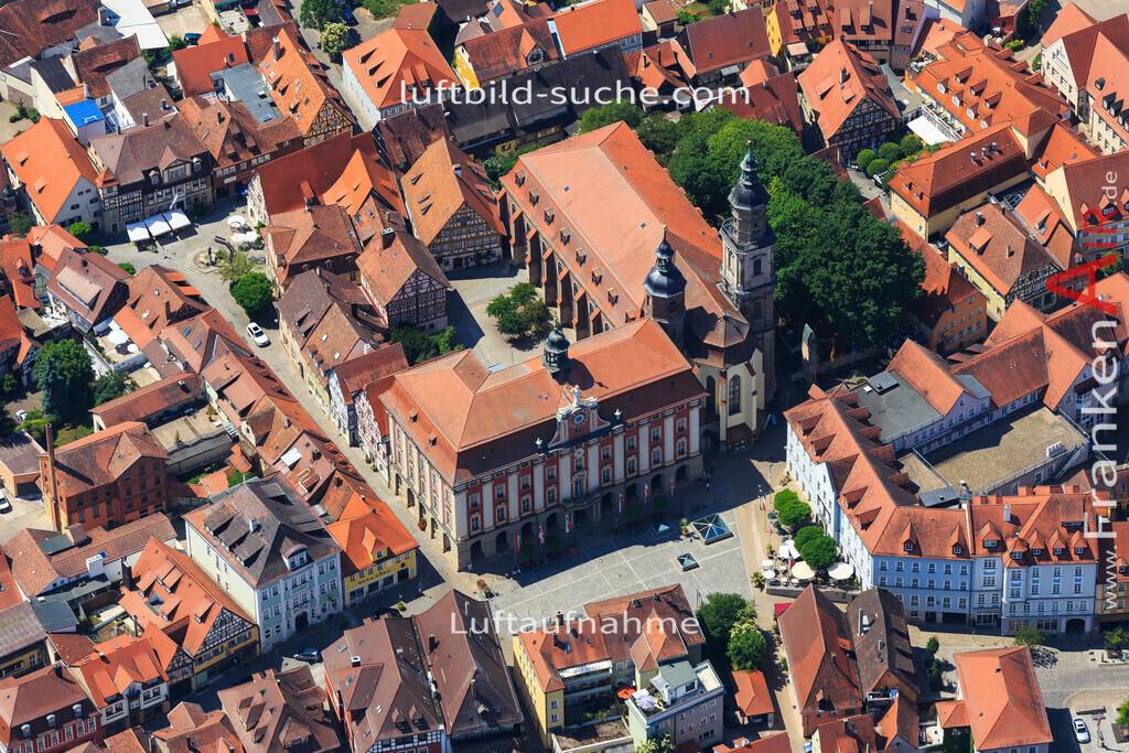rathaus-bad-windsheim-2015-59 | Luftbild von Rathaus Bad-windsheim - Luftaufnahme wurde 2015 von https://frankenair.de mittels Flugzeug (keine Drohne) erstellt - die Geschenkidee