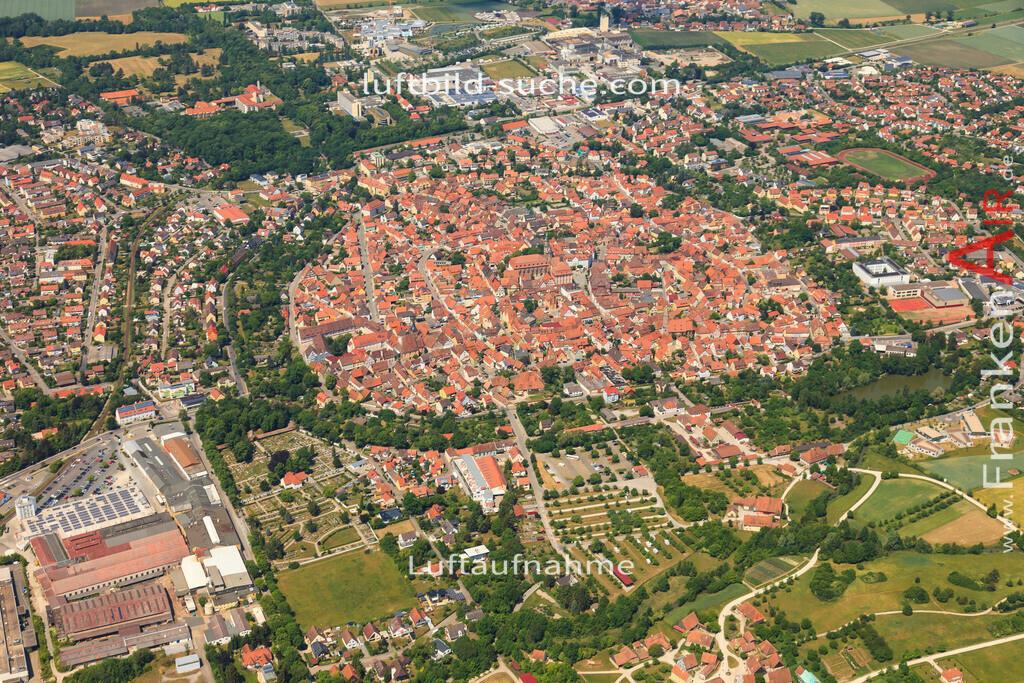 luftbild-bad-windsheim-2015-4704 | Luftbild von  Bad-windsheim - Luftaufnahme wurde 2015 von https://frankenair.de mittels Flugzeug (keine Drohne) erstellt - die Geschenkidee