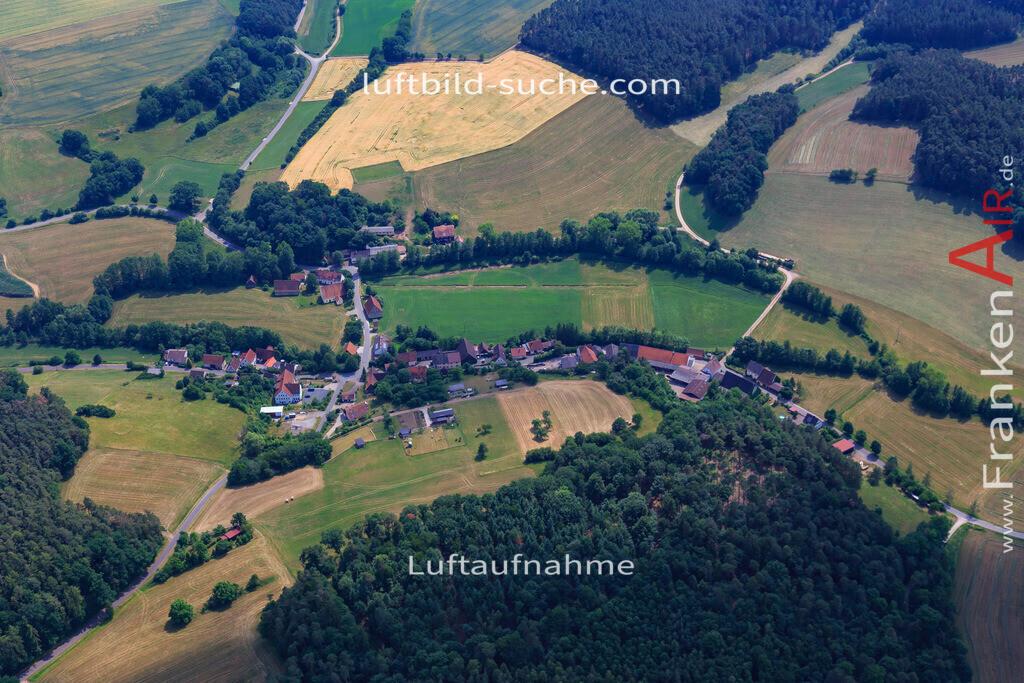 kotzenaurch-markt-erlbach-17-1161 | Luftbild von Kotzenaurch Markt-erlbach - Luftaufnahme wurde 2017 von https://frankenair.de mittels Flugzeug (keine Drohne) erstellt - die Geschenkidee