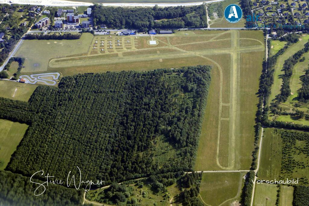 Flugplatz Wyk auf Föhr - EDXY | Der Flugplatz Wyk wurde 1926 gegründet und ist damit einer der ältesten Plätze Schleswig-Holsteins. Schon Anfang der 1930er-Jahre unternahm die heutige Lufthansa Linienflüge von Berlin, Kiel, Hamburg nach Wyk auf Föhr. -  Frequenz: 118,255 Mhz