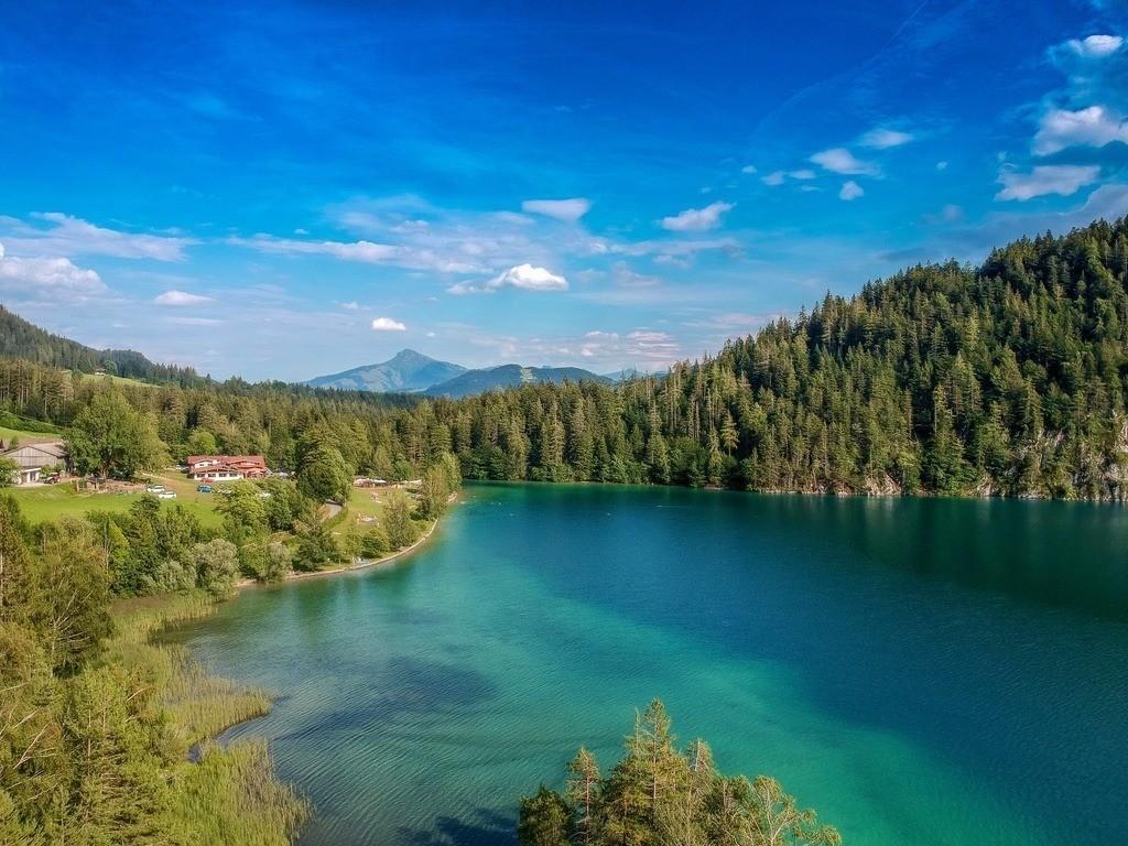 Hintersteiner See | Drohnenaufnahme vom Hintersteiner See in Österreich