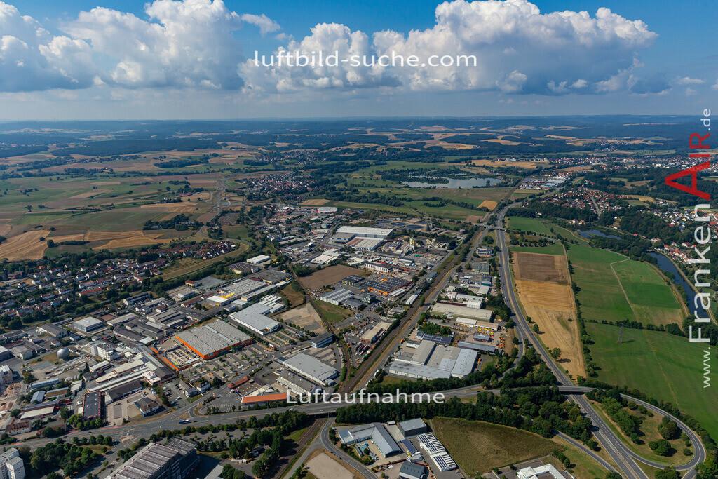 gewerbegebiet-kulmbach-19-700   aktuelles Luftbild von Gewerbegebiet  Kulmbach - Luftaufnahme wurde 2019 von https://frankenair.de mittels Flugzeug (keine Drohne) erstellt.