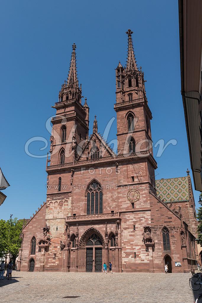 Basler Münster, Basel (BS) | Haupteingang des Basler Münsters, Kanton Basel-Stadt.
