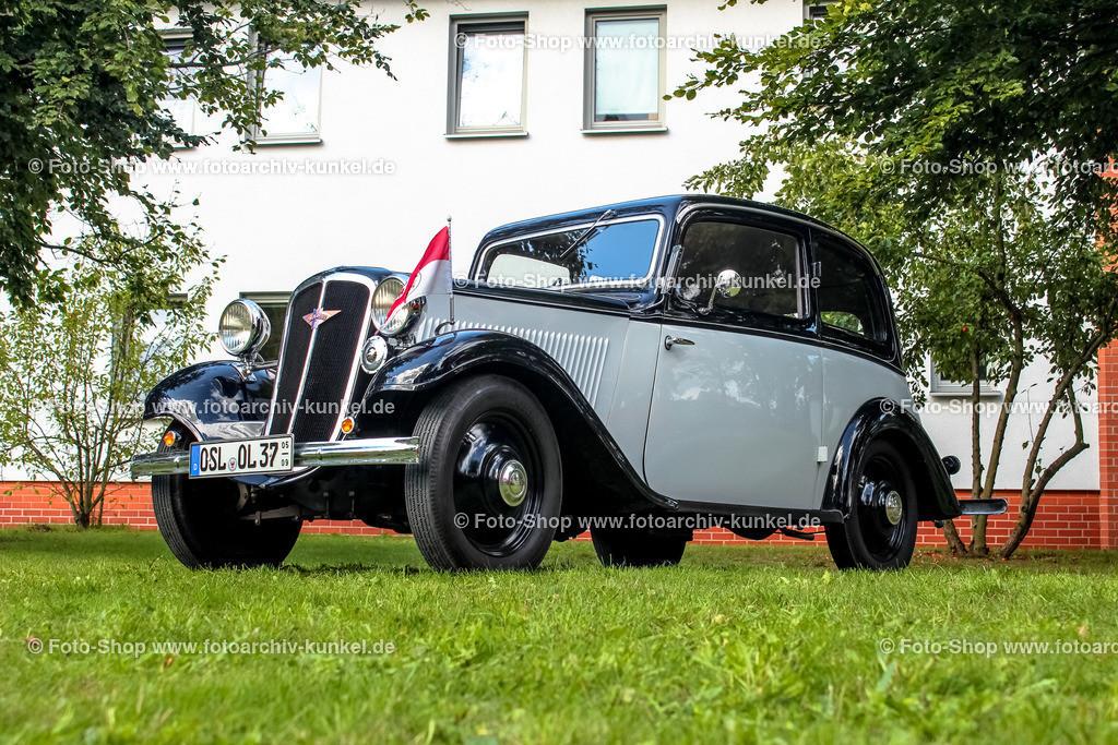Hanomag Garant Typ 11/36 Limousine 2 Türen, 1937 (1936-1938)   Hanomag Garant Typ 11/36 Limousine 2 Türen, Schwarz-Grau, Kleinwagen, Baujahr: 1937, Bauzeit: 1936-1938, Hersteller: Hannoversche Maschinenbau AG, Hannover, Deutschland, Deuitsches Reich