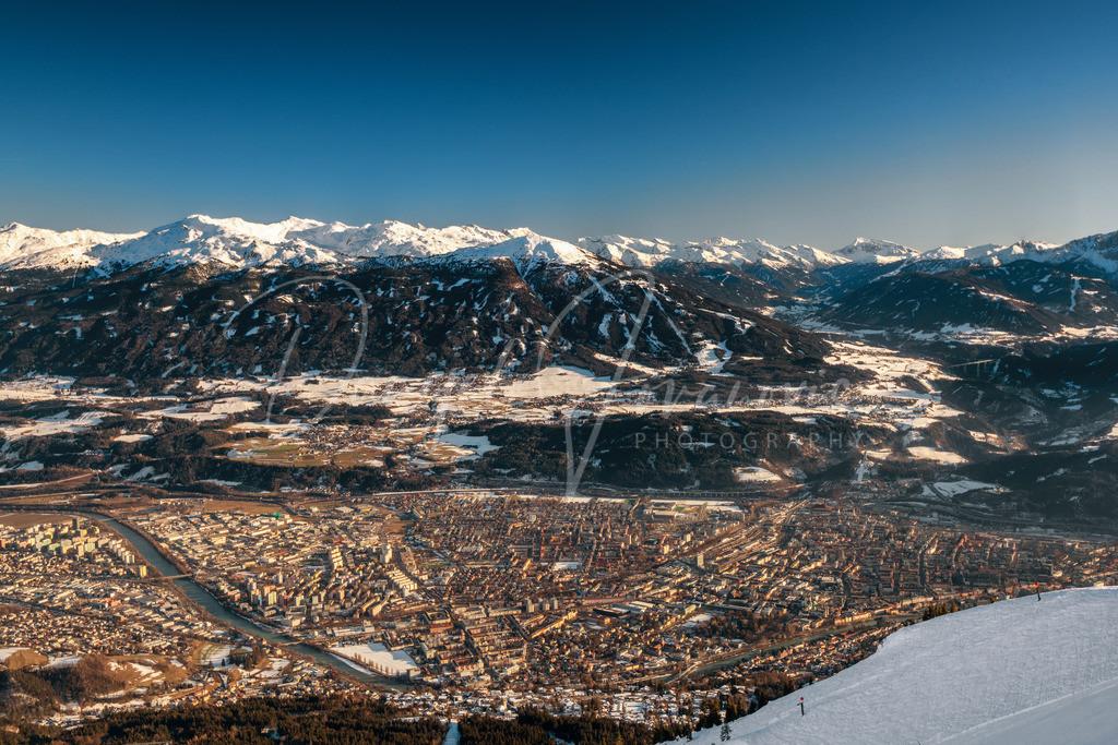Blick auf Innsbruck | Blick von der Nordkette auf Innsbruck