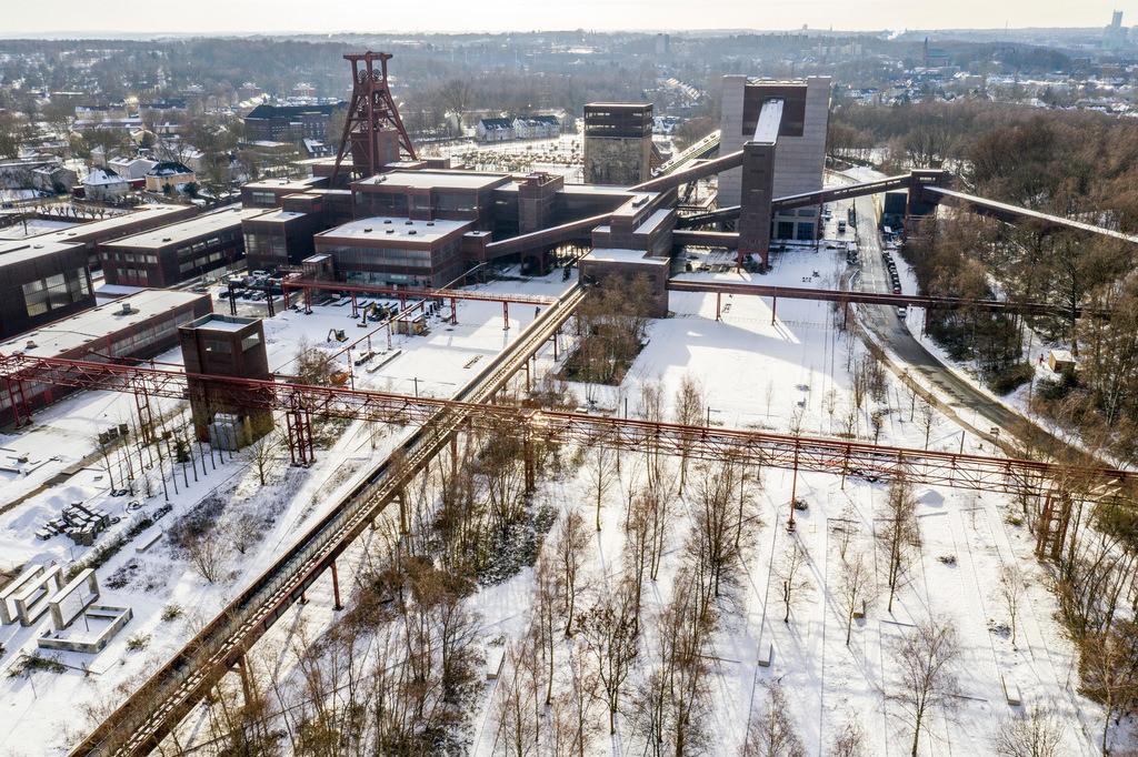 JT-190201-030 | Zollverein Park im Winter, ehemalige Gleise