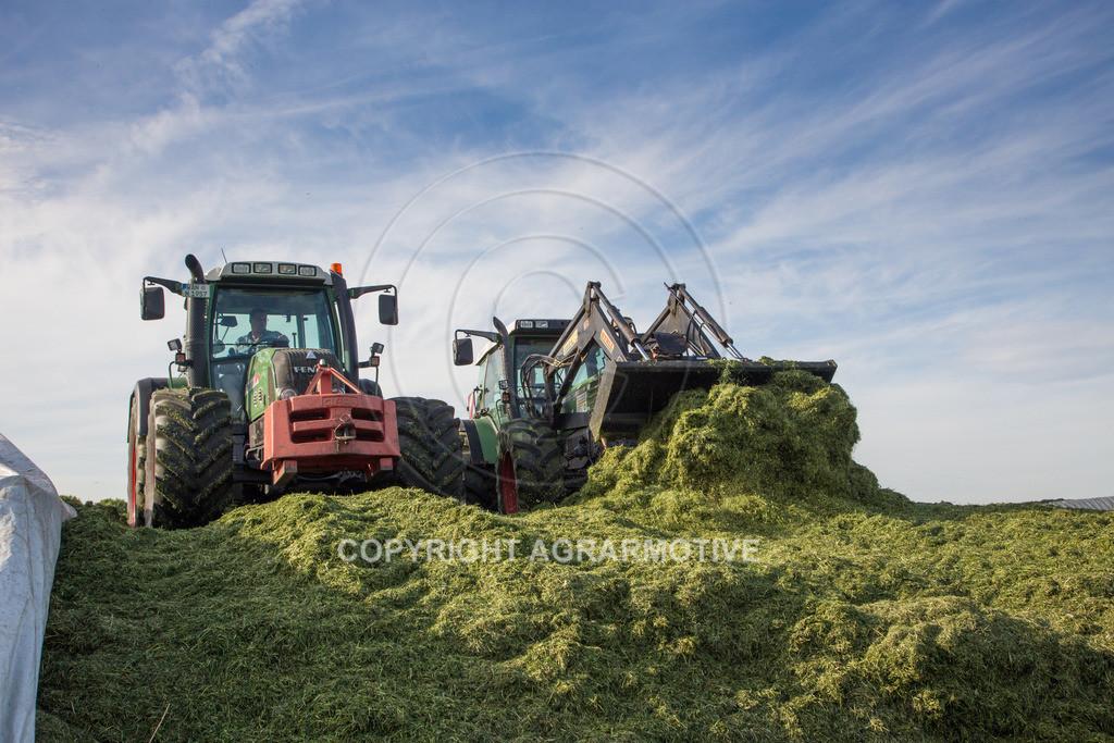 20150511-IMG_1615 | Gras silieren - AGRARMOTIVE Bilder aus der Landwirtschaft