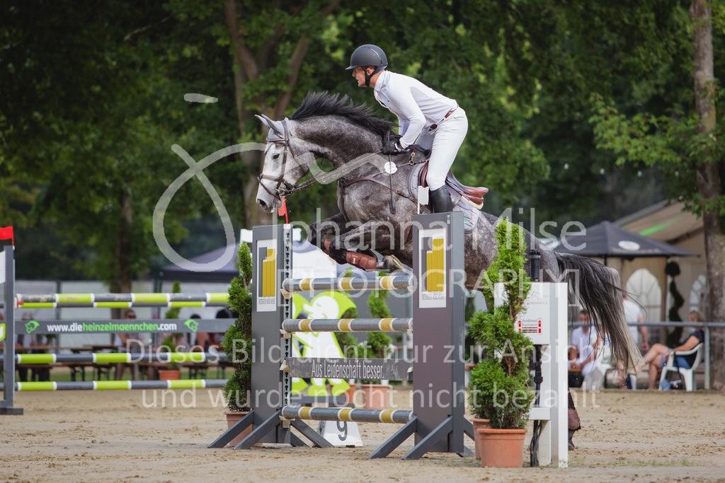200821_Delbrück_Youngster-M-622 | Delbrück Masters 2020 Springprüfung Kl. M* Youngster Springen 6-8jährige Pferde