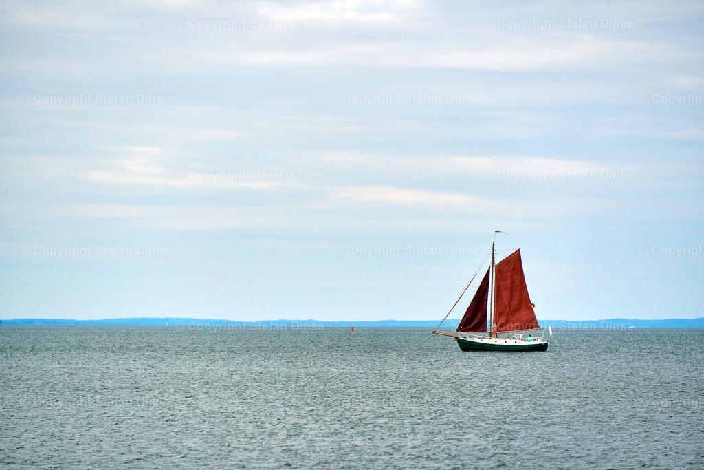 old sailboat | old sailboat alone