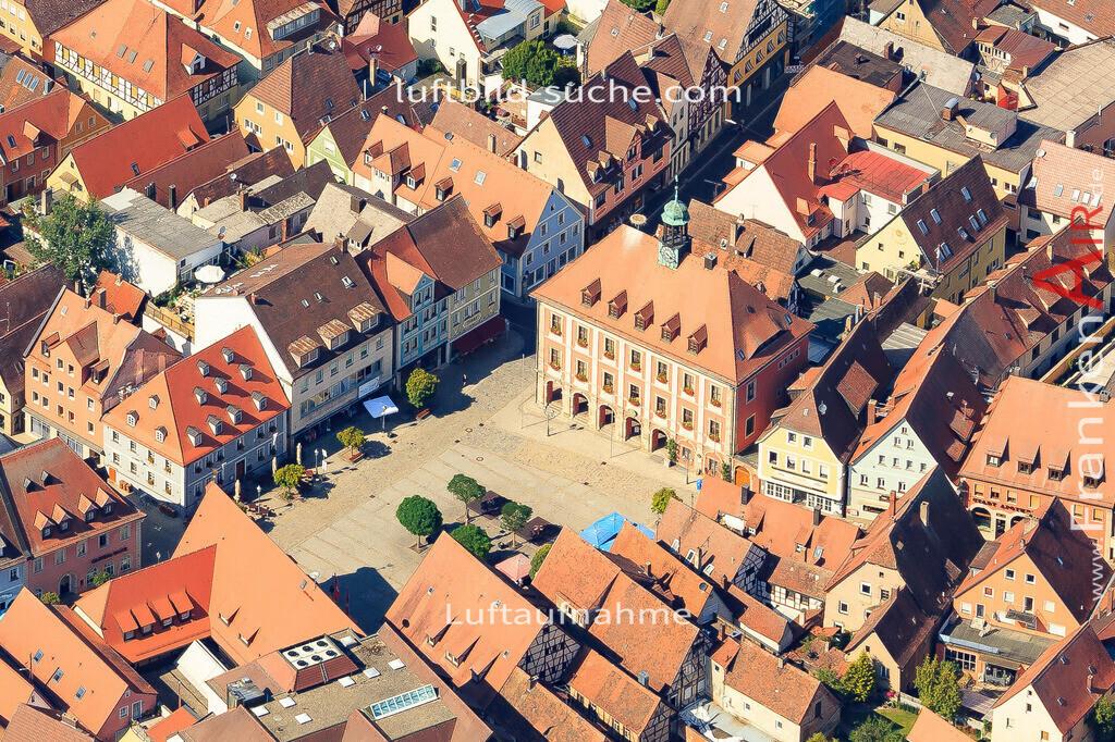 marktplatz-neustadt-an-der-aisch-2015-5014 | Luftbild von Marktplatz Neustadt-an-der-aisch - Luftaufnahme wurde 2015 von https://frankenair.de mittels Flugzeug (keine Drohne) erstellt - die Geschenkidee