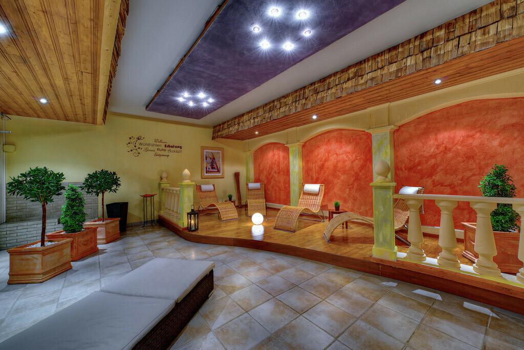 sauna-01-hplus-hotel-oberstaufen