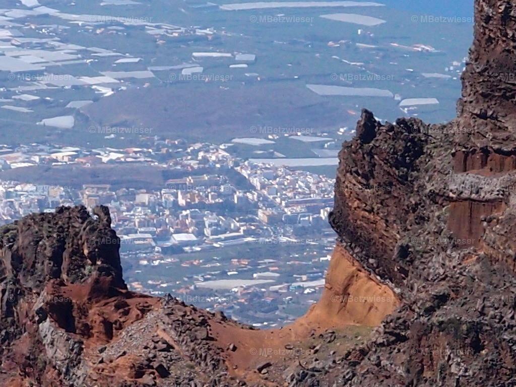P4295235 | El Paso vom Roque de Los Muchachos betrachtet