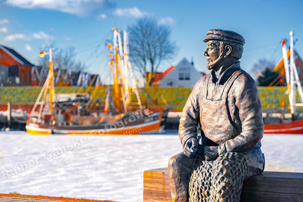 20210212-Der Netzflicker am Hafen in Greetsiel Ostfriesland Krummhörn Winter 12 Februar 2021 _6